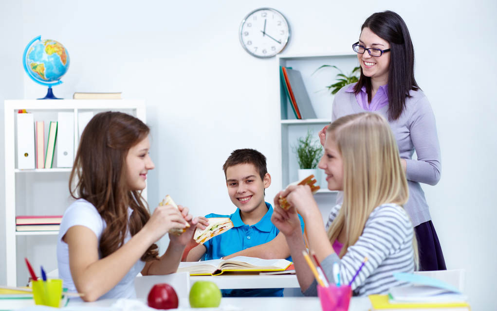 How 5 College Students Budget for Food