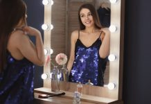 Stop Mirror Checking to Ditch Self-Stigma