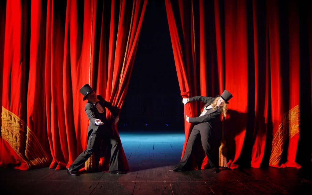 The 10 Weirdest Theatres in the World